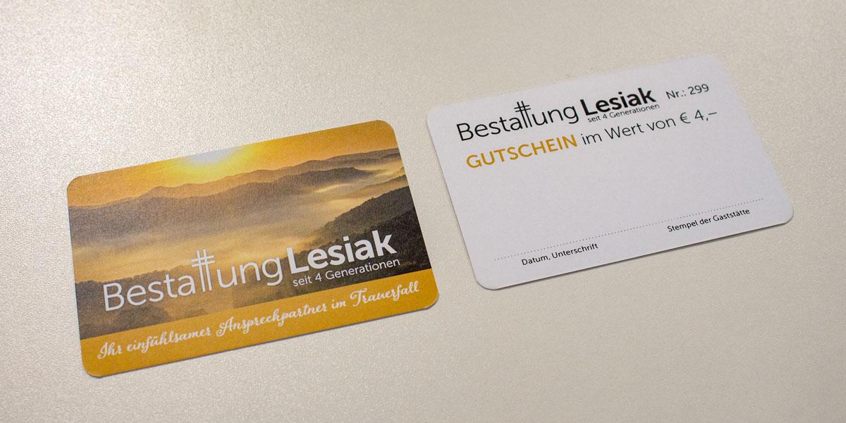 dsignery_Beitragsbild_Bestattung-Lesiak-Gutscheinkarte